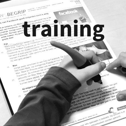 Taalrijk training foto hand met pen